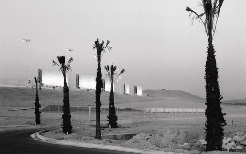 "Inkjet print with monochromatic inks. Steve Smith. Las Vegas, Nevada. 1996. 10 3/4 x 13 1/2"" (27.3 x 34.3 cm). The Museum of Modern Art, New York. Gift of Richard Benson © Steven B. Smith"