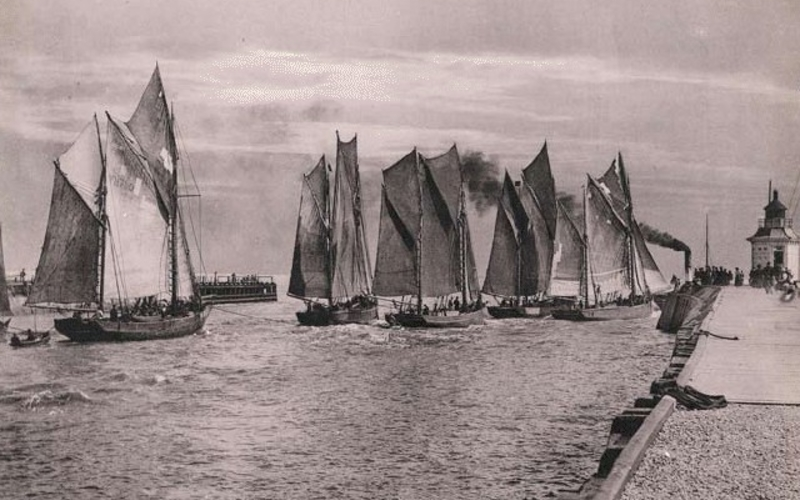 """Collotype. Arthur Yallop. Gorleston Harbour. c. 1900. 6 3/4 x 9 3/8"""" (17.2 x 23.8 cm). The Museum of Modern Art, New York. Gift of Richard Benson. Made as a sample of the process, this collotype was printed in The Penrose Annual as an advertisement for the publisher Morgan & Kidd."""