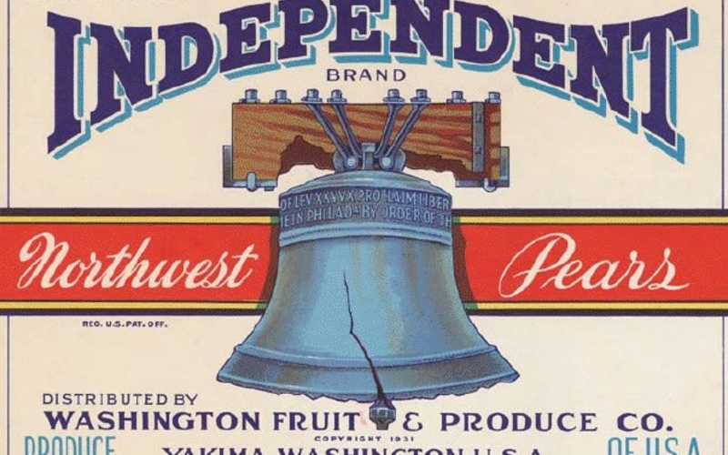 """Photo offset lithography. Artist unknown. Label for fruit box, Independent Brand Northwest Pears. c. 1950. 6 15/16 x 9 13/16"""" (17.7 x 25 cm). The Museum of Modern Art, New York. Gift of Richard Benson ©Washington Fruit and Produce. """"Photo offset"""" lithography first came into widespread use shortly after World War II as a means of printing colorful labels for fruit and vegetable boxes. They could be produced very inexpensively in short runs, without the need for the costly copper or zinc plates that would hav"""